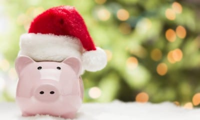 10 Ways To Save Money This Christmas Season